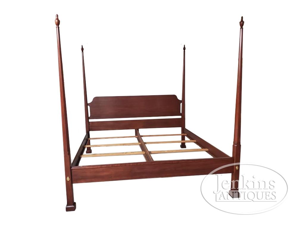 Henkel-Harris Pencil Post Bed