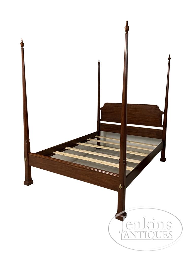 Henkel-Harriss Pencil Post Bed
